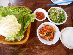 フィリピンバギオで一番美味しい韓国料理屋パール・ミート・コレーン・レストラン副菜の画像