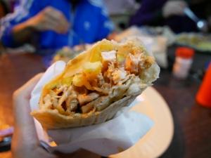 【フィリピン留学】バギオにあるアラブ料理の美味しいお店のご紹介。@bonabilポテト入りサンドウィッチの画像