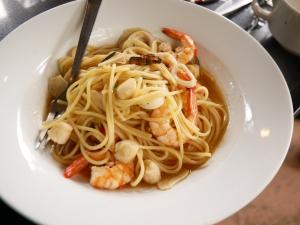 Seacret garden(シークレットガーデン)バギオで一番美味しいイタリアンレストランのシーフードを使ったパスタの画像