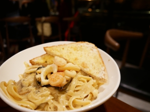 フィリピン(バギオ)のWi-Fi最強カフェQuoted CafeのCREAMY SEAFOOD PASTAの画像